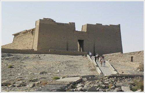 Nasser See Programm-Kalabscha Tempel Aufstieg zum Pylon-by Steib-Pur-Reisen